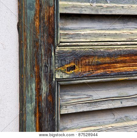 Window  Varese Palaces  Abstract      Wood   Blind The Concrete  Brick