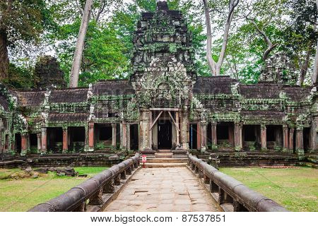 Ancient Ruins In Ta Prohm Or Rajavihara Temple At Angkor, Siem Reap, Cambodia.