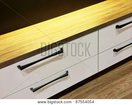Modern Chest Of Drawers With Wooden Top