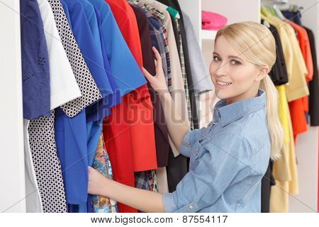 Woman goes shopping in a store