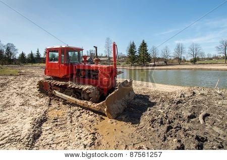 Crawler Tractor