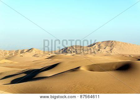 Dry Desert Sand Dunes