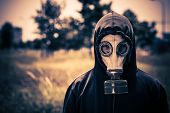 picture of gas mask  - Close - JPG