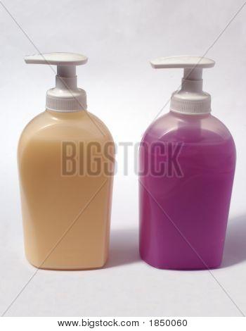 Botellas o contenedores de lavado a mano / jabón líquido. Higiene