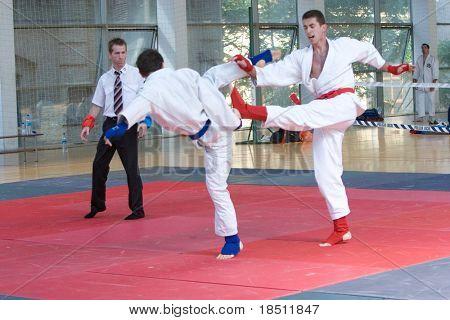 VALENCIA, España - 8 de junio: Los concursantes participan en el concurso de Jiu-Jitsu del Po europeo 2010