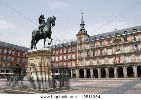 Plaza Mayor with statue of King Philips III in Madrid, Spain