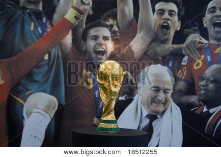 VALENCIA, Spanien - SEPT 27: The World Cup Trophy, gewann mit Spanien in Südafrika im Juli 2010, ist auf pu