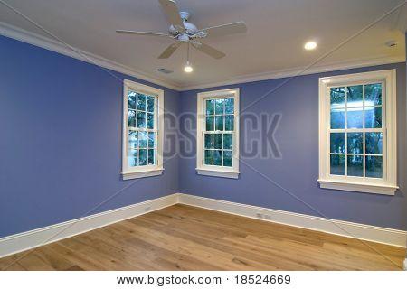 vaciar la habitación azul, coloque sus propios muebles