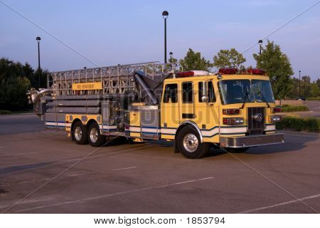 Ladder Truck Angle