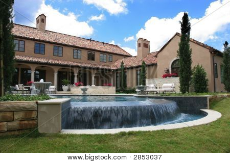 Luxury Italian Style Home And Pool