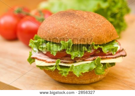 Ham & Swiss Sandwich With Fresh Vegetables