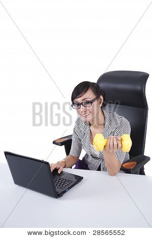 Empresaria trabajando Fitness
