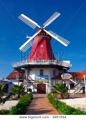 De Oude Molen Windmill In Aruba