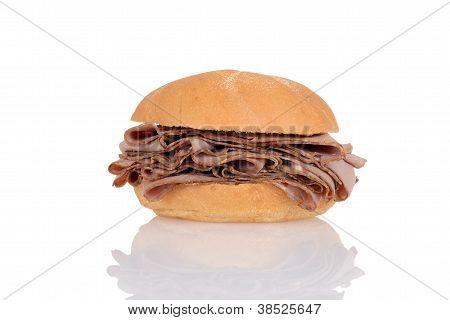 Roast beef on a bun