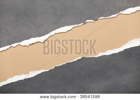 Riss grau Papier mit milchig Raum für Ihre Mitteilung