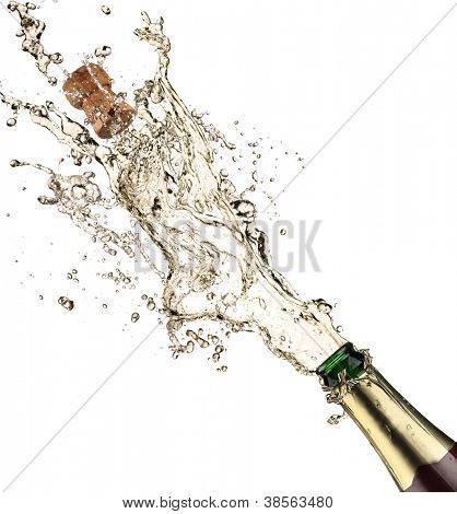 Close-up of champagne explosión