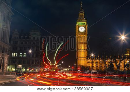 Traffic in night London