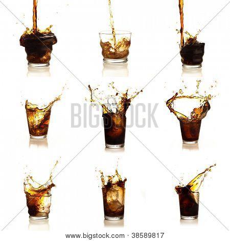 Sortiment von Cola-Getränken auf weißem Hintergrund