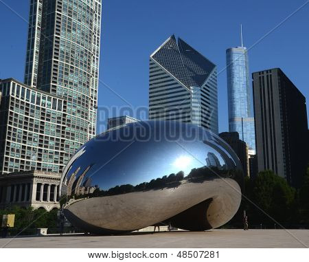 Cloud Gate, With Crain And Trump Buildings