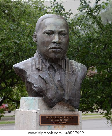 Martin Luther King Sculpture, Eastern Michigan University
