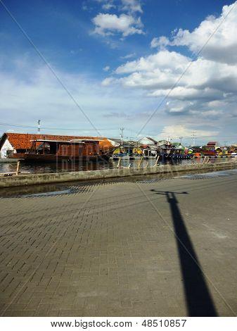 atmosphere tanjung mas harbour