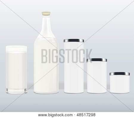新鲜的牛奶瓶 库存矢量图和库存照片 | bigstock