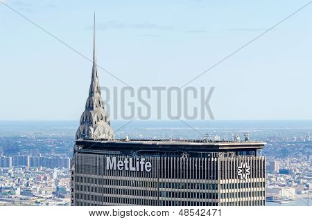 Chrysler Bldg And Metlife Bldg