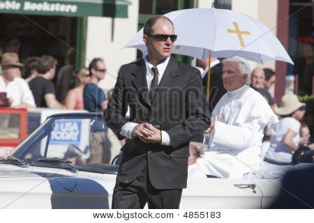 Doo Dah Parade Pope
