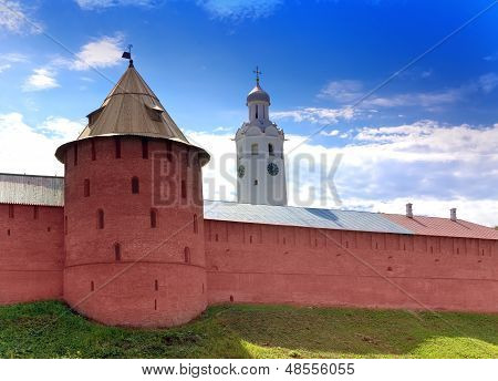 Mitropolichya tower and Clock tower. The Kremlin (Detinets-stronghold). Great Novgorod. Russia