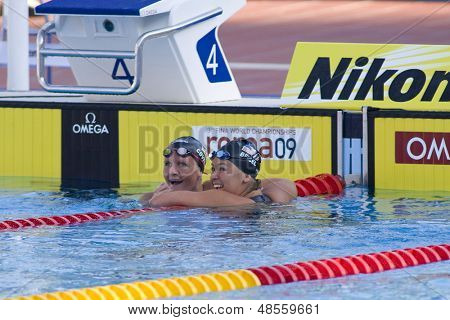 Jul 01 2009; Rome Italy; Kirsty Coventry (ZIM) left, and Elizabeth Beisel (USA) in the  womens 200m backstroke at the 13th Fina World Aquatics Championships held in The Foro Italico Swimming Complex.