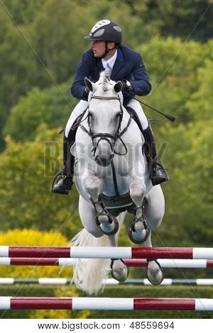 24/06/2011 HICKSTEAD ENGLAND, C-TRENTON Z ridden by Torben  K���¡hlbrandt (GER) competing in the Bunn Leisure Derby trial at the British Jump Derby Equestrian meeting at Hickstead West Sussex England