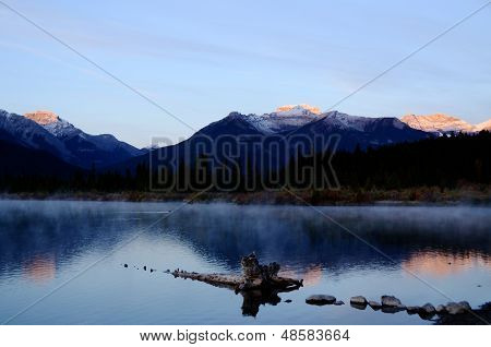 Vermillion Lakes Of Morning Glow,canadian Rockies,canada