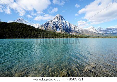 Waterfowl Lake In Spring,canadian Rockies,canada