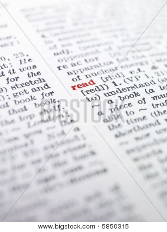 The word 'read' highlighted in a dictionary