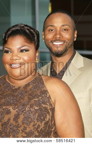 HOLLYWOOD - JULY 19: Mo'Nique and friend at the Los Angeles Premiere of