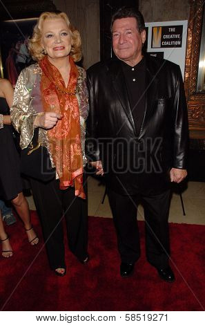 HOLLYWOOD - AUGUST 15: Gena Rowlands and friend at the Los Angeles Premiere of Dirty Rotten Scoundrels on August 15, 2006 at Pantages Theatre in Hollywood, CA.