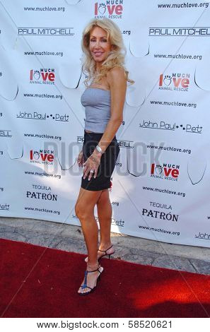 MALIBU, CA - AUGUST 05: Linda Thompson at