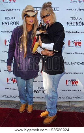 MALIBU, CA - AUGUST 05: Barbi Twins at