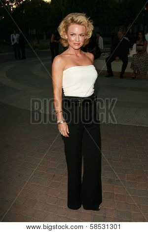 HOLLYWOOD - AUGUST 25: Kelly Carlson at the