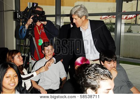 LOS ANGELES - APRIL 10: Sen. John Kerry greeting students on tour of the 31st Congressional District of Los Angeles in South Los Angeles Area High School #1 on April 10, 2006 in Los Angeles, CA.