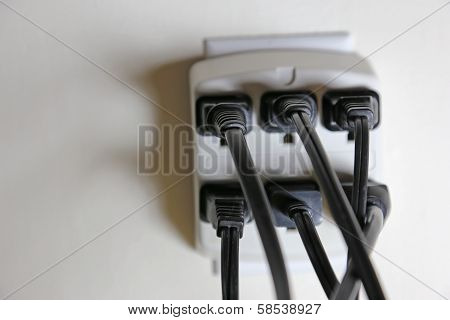 Full Electric Outlets