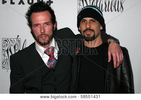 HOLLYWOOD - APRIL 06: Scott Weiland and Dave Kushner at Flaunt Magazine Presents Nefarious Fine Jewelry Hosted by Velvet Revolver at Black Steel Restaurant on April 06, 2006 in Hollywood, CA.