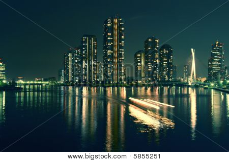 City At The Sea