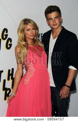 Paris Hilton and River Viiperi at