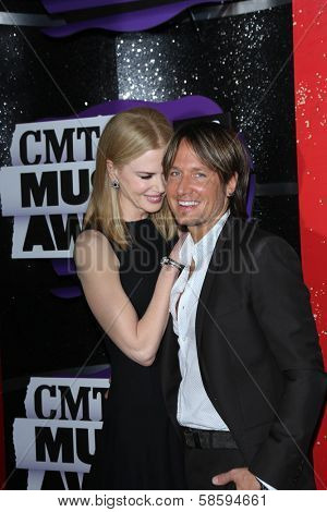 Nicole Kidman and Keith Urban at the 2013 CMT Music Awards, Bridgestone Arena, Nashville, TN 06-05-13