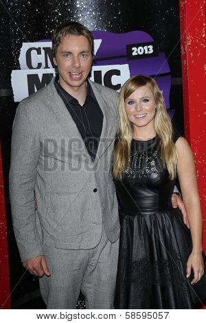 Dax Shepard and Kristen Bell at the 2013 CMT Music Awards, Bridgestone Arena, Nashville, TN 06-05-13