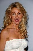LOS ANGELES - APRIL 12: Linda Thompson at the 3rd Annual Bodog Celebrity Poker Invitational at Barke