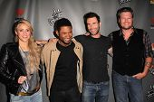 Shakira, Usher, Adam Levine, Blake Shelton at The Voice Season 4 Red Carpet, House Of Blues, West Ho