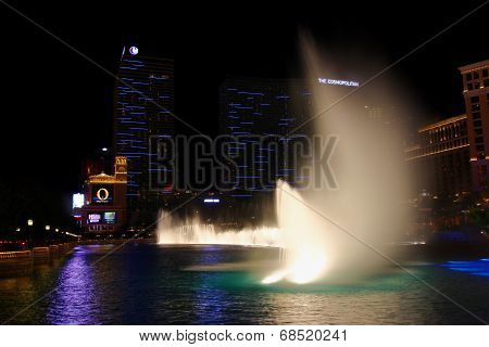 Bellagio Fountains And Cosmopolitan