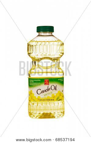 HAYWARD, CA - July 17, 2014: 24 fl oz bottle of Sunny Select Canola Oil